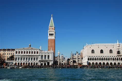 200 steps from san marco italy magazine