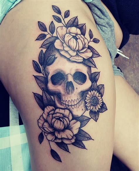 amazing thigh tattoo designs 50 summer sunflower tattoos design and ideas