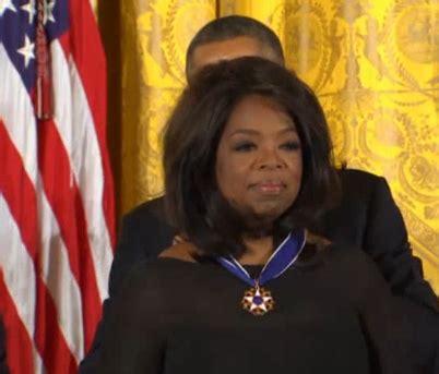 Foxx Regrets Oprah Quip by Pam Oliver Looks Like Oprah Winfrey