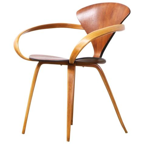 cherner armchair rare norman cherner pretzel armchair for plycraft at 1stdibs