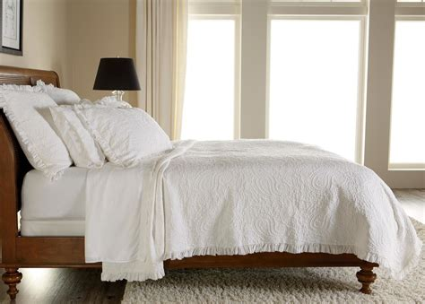 white quilts and coverlets white paisley matelasse coverlet and shams quilts