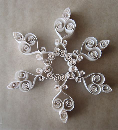printable quilling instructions printable quilling patterns three quilled snowflakes