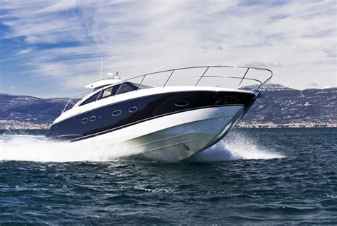 buy a boat brisbane what to look for in a brisbane boat shop holt marine