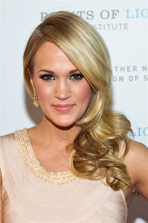 curly hairstyles that make you look younger 20 gorgeous hairstyles that will make you look younger