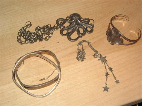 how to make jewelry not tarnish how to prevent jewelry inventory from tarnishing vouge