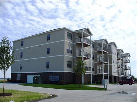 cobblestone apartments rentals milan il apartments