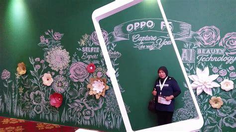 Karakter Oppo F5 selfie makin asyik dan eksis dengan oppo f5 bu guru siti