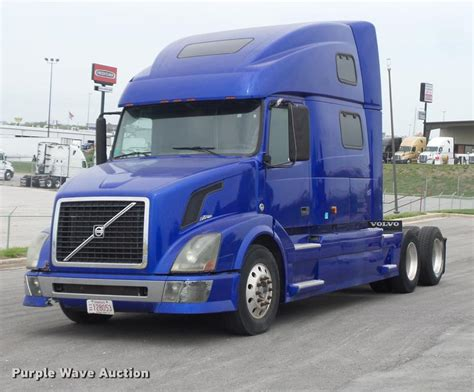 brand new volvo semi truck truck and trailer auction in eldon missouri by purple