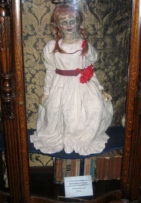 annabelle doll buy warner bros horror made here studio tour images collider