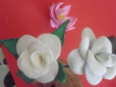 diy como hacer hojas realistas de goma eva para flores como hacer flores en goma de eva sin frizador o troquel