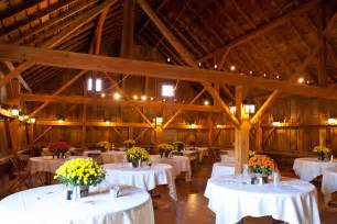 Illinois Barn Wedding   Rustic Wedding Chic