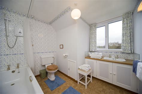main bathrooms main bathroom