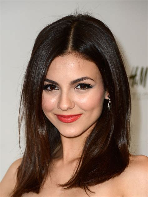 Victoria Justice Long Straight Hairstyles 2013   Fashion Trends Styles for 2014
