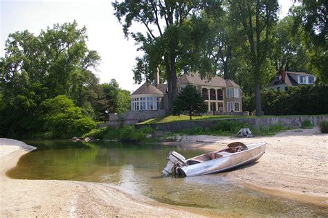pt boat lake erie 1958 feathercraft vagabond antique aluminum boat on lake