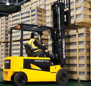 forklift safety steering turning and changing direction