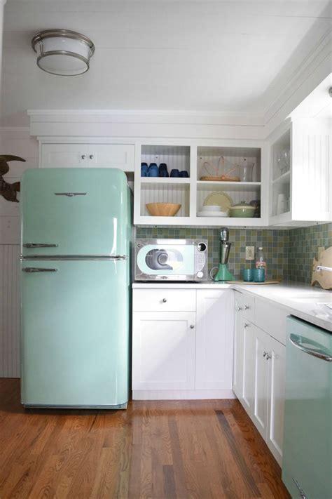 retro kitchen best 25 retro kitchen appliances ideas on