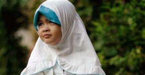 Baju Muslim Anak Perempuan Warna Putih model baju muslim anak perempuan warna putih polos dan kombinasi