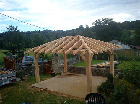 kiosque en bois pour jardin comment construire un kiosque en bois avez vous des plans qrmaison