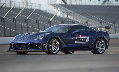 Corvette Zr1 History by 2019 Corvette Zr1 Is Most Powerful Pace Car In Indy 500