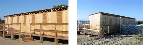 cabine balneari cabine legno per spiaggia e piscine