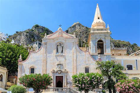 vacanza taormina vacanze in sicilia taormina catania le isole eolie e lo