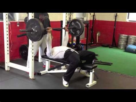 225 bench press test maurice jones 225 bench press test youtube