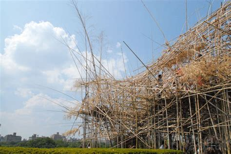 Aframe Homes Stunning Bamboo Forest Continues To Grow Atop Met Museum