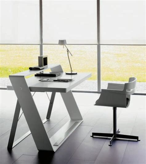 minimalist work desk home design juli 2011