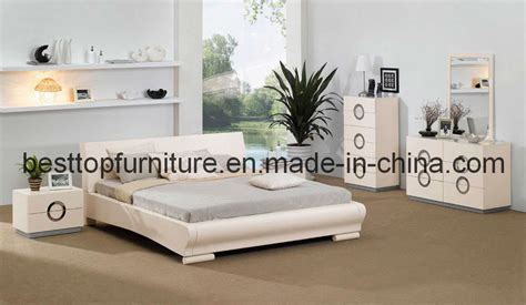 china graceful shape white high glossy bedroom furniture