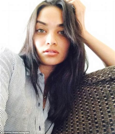 what victoria secert model has short hair on the sides and the back short hair don t care victoria s secret model shanina