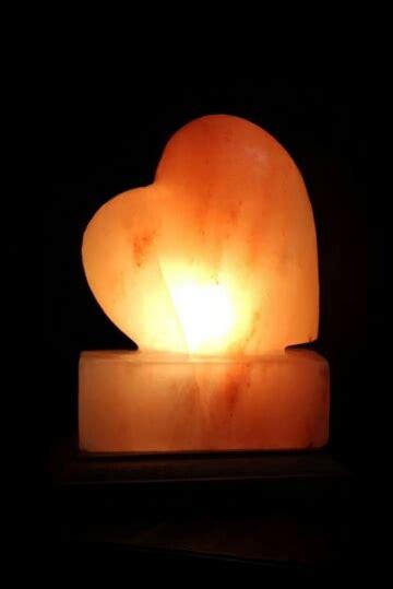 heart shaped himalayan salt l heart shape himalayan crystal pink salt l