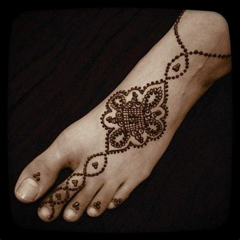 henna tattoo designs foot 1000 ideas about henna foot on foot