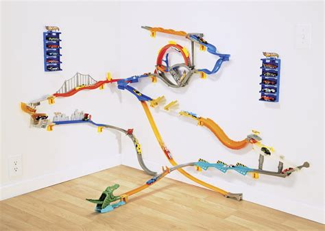 hot wheels wall tracks giveaway ed unloaded com