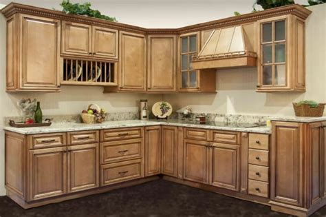 maple kitchen cabinets the type of maple kitchen