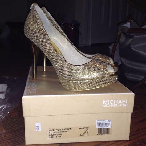 unlimited shoes mk gold 20 michael kors shoes michael kors glitter gold