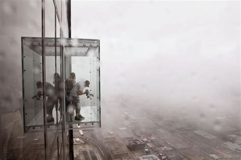 sears tower 103rd floor glass balcony chicago illinois