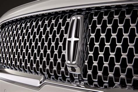 new lincoln continental to start at 45 485