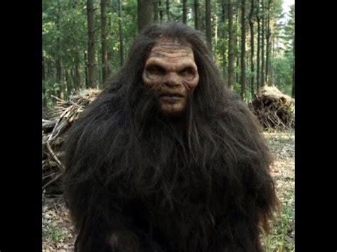 bigfoot 3 monster bigfoot grassman caught on trap camera doovi