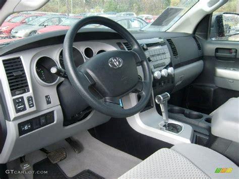 2007 Toyota Tundra Interior by Graphite Gray Interior 2007 Toyota Tundra Trd Regular Cab 4x4 Photo 39358192 Gtcarlot