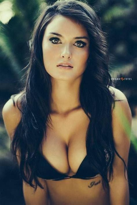 raven haired celebrities raven haired lady chicktionary pinterest heather o
