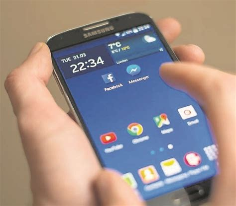 mobile phone operators mobile phone operators pressure to end roaming