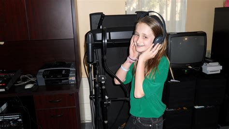 ladaire articule 10 year singer songwriter j joins 10 year talk show host ladaire on the air