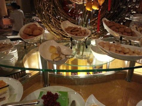 ritz carlton singapore new year goodies new year pasteries picture of green house ritz