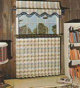 Retro Kitchen Curtains And Valances 20 Best Ideas 1970s Or 1960s Kitchen Retro Curtains Mybktouch