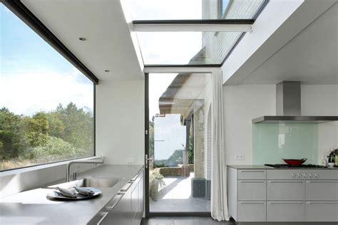 30 best modern house architecture designs flashuser aanbouw bij woning met rieten dak fotospecial