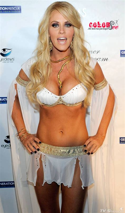 actress mccarthy american comedian actress jenny mccarthy hollywood celebsee