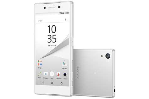 Sony Xperia Z5 Dual E6683 Putih sony xperia z5 dual e6683 white iglaz ua