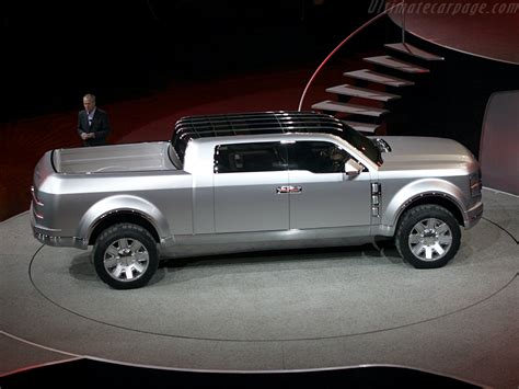 Ford F250 Chief by Ford F250 Chief Concept High Resolution Image 2 Of 12
