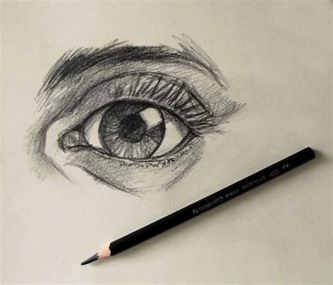 dibujo de ojo con lagrima realizado con lapices de grafito lapices de dibujo 14 00 en mercado libre