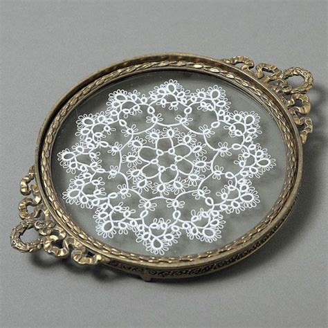 vintage vanity trays tatting